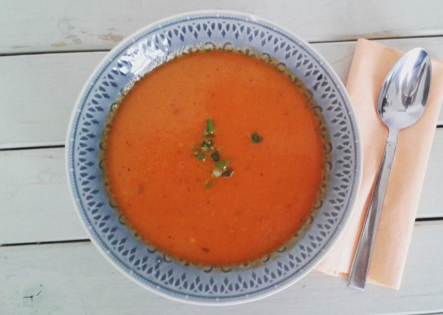 Gegrilde tomaten-paprikasoep